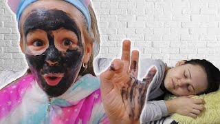 Pretend Play Makeup for little princess
