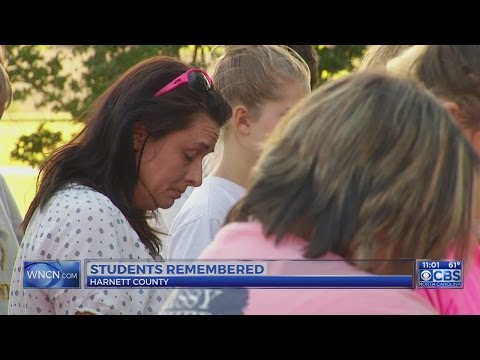 Students and family remember Harnett County teens killed in crash
