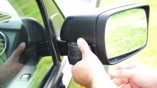 LandRover Discovery 3 Mirror/ Лендровер дискавери 3, ремонт зеркала(LandRover Discovery 3. Видео показывает как снять и поставить обратно пластиковую заглушку, которая закрывает доступ..., 2015-07-19T21:05:40.000Z)