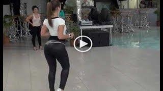 Este Es El Baile Más Sensual Del Mundo. Está Causando Furor En Las Redes Sociales. thumbnail