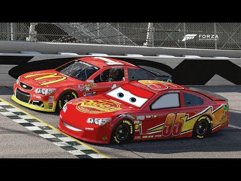 Lightning McQueen Photo Finish! | Forza Motorsport 6 | NASCAR Expansion