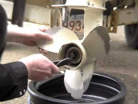Evinrude Johnson Outboard Gear Oil Change Youtube