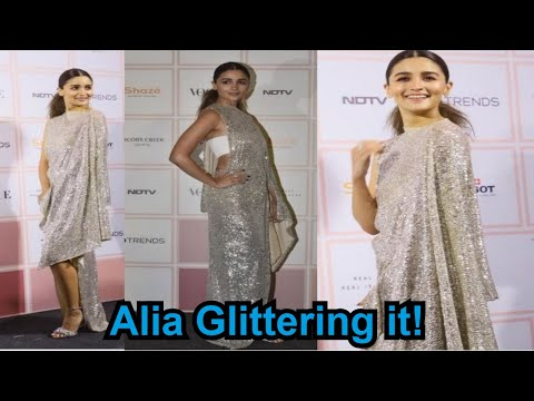 Vogue Beauty Awards 2019: Alia Bhatt glitters all the way in thigh high slit gown Mp3