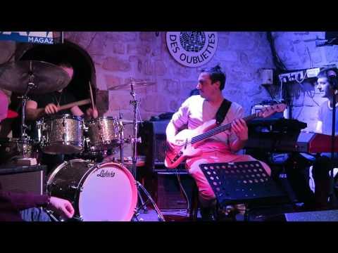 Paris Jazz Clubs ~ Caveau des Oubliette jazz fusion jam session 2
