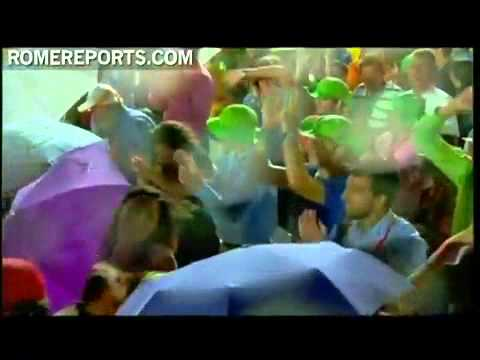 WYD Madrid 2011 Rain interrupts pope's speech during Cuatro Vientos prayer vigil