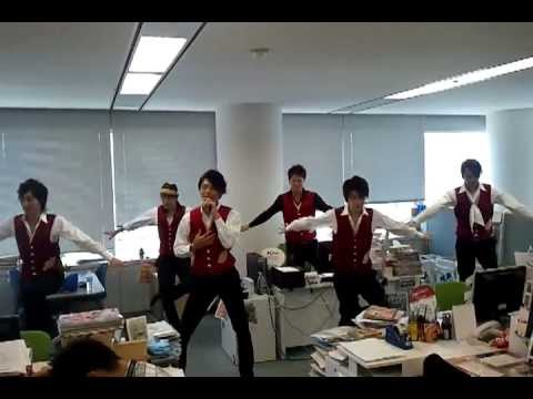 イケメン歌謡グループ「純烈」が編集部で緊急Liveを敢行!!