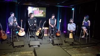 5 seconds of summer answers questions from twitter with julia