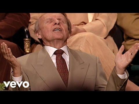Bill & Gloria Gaither - Holy Spirit, Thou Art Welcome (Live)