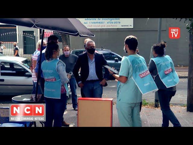 CINCO TV - Julio Zamora supervisó dos puntos de vacunación para docentes en General Pacheco