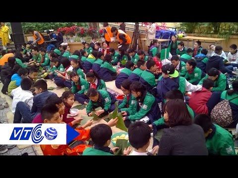 Hà Nội tưng bừng lễ hội gói bánh chưng Tết | VTC