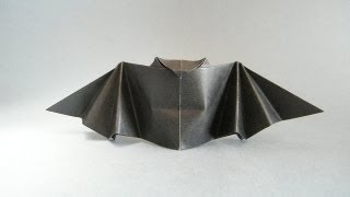 Origami Halloween Flapping Bat. (full Hd)