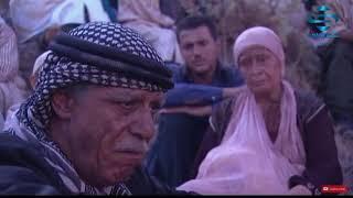 خالد تاجا وفي مشهد واحد يلخص فيه ألم الفلسطيني يرد به على جميع المزاودين على القضية الفلسطينية