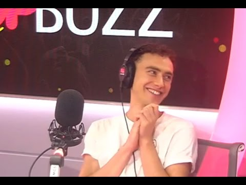 Olly Alexander Reacts To YouTube Comments // PopBuzz Interview