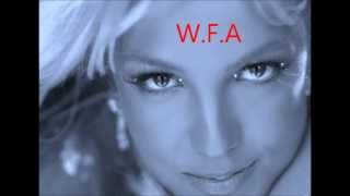 Ke$ha & Britney Spears Mashup) Supernatural Vs Toxic (Plus DNA Added)