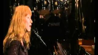 Watch Loreena McKennitt The Highwayman video