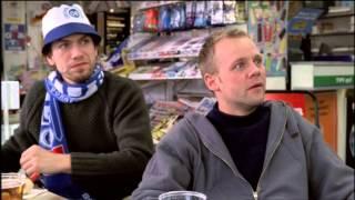 Gamle Mænd i Nye Biler (2002) - Fodboldkampen