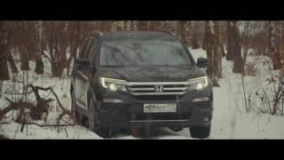 видео Движение по снегу и льду, преодоление сугробов и снежных заносов