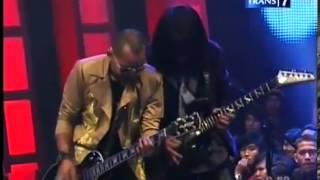 KOTAK ft Ahmad Albar, Ian Antono - Panggung Sandiwara, 4 Sisi Kotak, Trans7, 18 Februari 2012