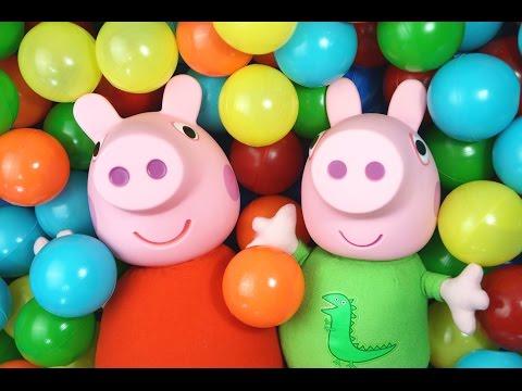 Pig George e Peppa Pig Abrindo Muitos Ovos Surpresa na Piscina de Bolinhas! Em Portugues KidsToys
