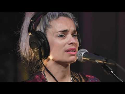 Fémina - Brillando (Live on KEXP)