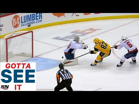 GOTTA SEE IT: Braden Holtby's Epic Fail Of A Check On Sidney Crosby Allows Penguins To Score
