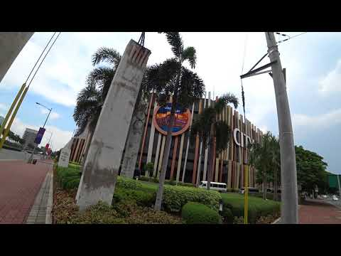 ''City of Dreams'' Manila's Biggest Casino - Philippines/Oz Fun