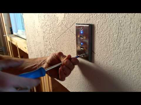 Solar Socket: Solar Powered USB Wall Socket