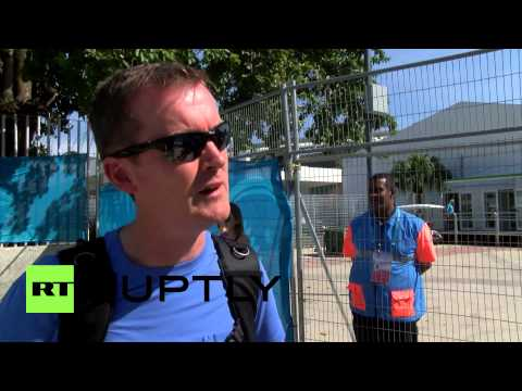Brazil: Workers besiege Maracana Stadium, demanding tickets