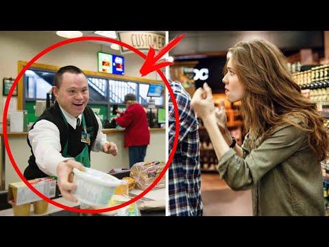 La signora al supermercato prende in giro il cassiere disabile, ma lui risponde in modo intelligente