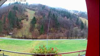 S51J 7 MHz vertical antenna blowing in the wind
