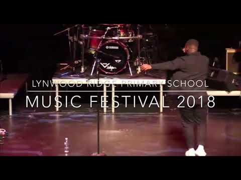 AKANAMALI - Sun-EL Musician & Samthing Soweto (cover by Lloyiso)