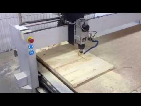 Corte de madera en fresadora youtube - Fresadora de madera ...