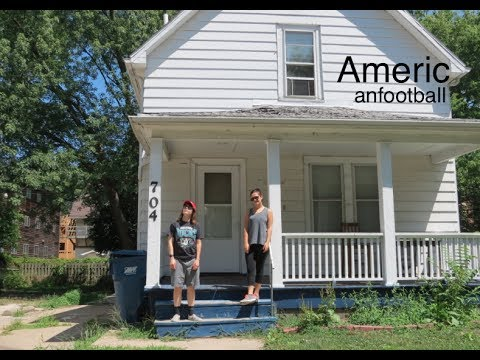 Visiting The American Football House Youtube