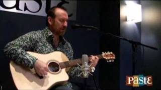 "Colin Hay ""Overkill"" live at Paste"