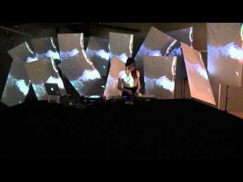 AMETHYS 3D projection mapping giant glass 3meter high & Visual Jockey VJ show.flv