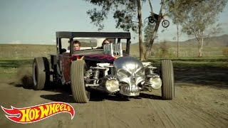 Hot Wheels World's Best Driver Episode 1 - Free Zone | Hot Wheels