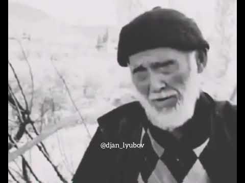 Yaşlı amca her kesi ağlatdı