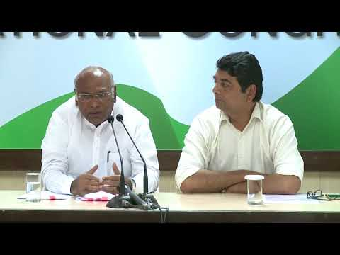 AICC Press Briefing by Mallikarjun Kharge and RPN Singh at Congress HQ, September 14, 2017