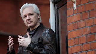 2017-10-26-01-54.Assange-Trump-campaign-s-data-firm-made-request