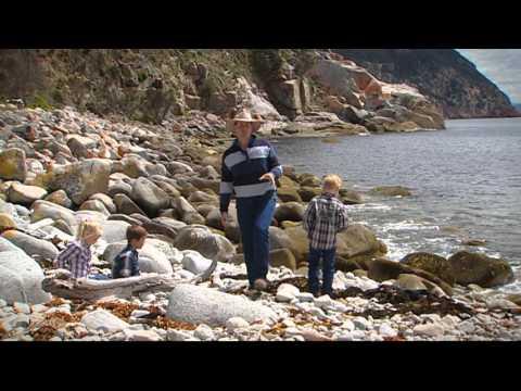 Tasmania North East Coast - Bluestone Bay Hot Spot