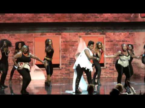 Busisiwa Ngoku performs at Idols SA. Video taken by Amanda Ranganawa