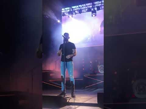 download Marry Me by Thomas Rhett live in Buffalo