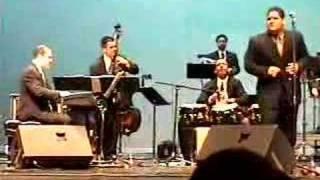 Play Pueblo Latino