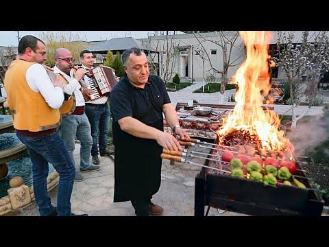 Я в Армении! Сочные кебабы и ужин с «Поедем, поедим!»