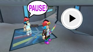 PAUSE play with my bro on Roblox!