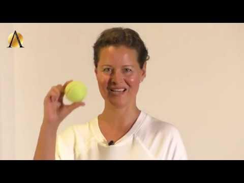Stresszoldás teniszlabdával
