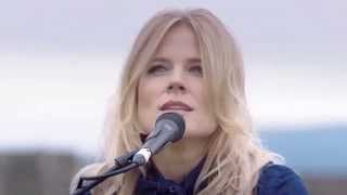 Repeat youtube video The Common Linnets - We Don't Make The Wind Blow