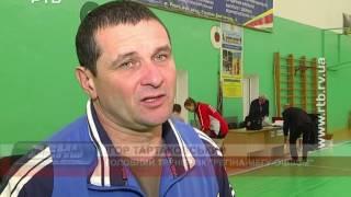Рівненські волейболістки виграли одну партію на два поєдинки