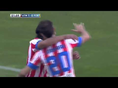 Radamel Falcao scores goal  Atletico Madrid vs Barcelona 12.5.2013.
