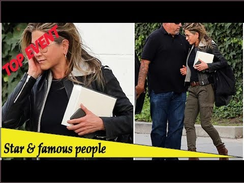 Top Event - Newly-single Jennifer Aniston looks refreshed as she leaves Beverly Hills salon with ...